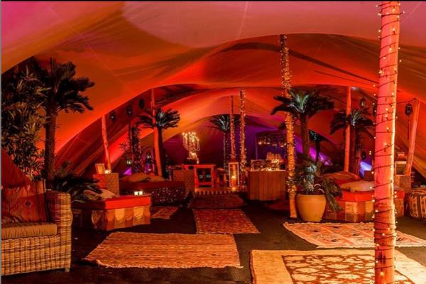 1001 nacht, thema, alladin, arabian night, tent, palmboom, outdoor, waarzegster, vliegende tapijten, buikdanseres, sprookje, oosters, decoratie, opbouw, afbouw, aankleding, av, installatie, entertainment, programmering, vergunning, uit handen, arabisch,